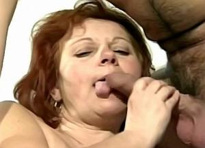 Tante likt haar neef zijn enorm grote pik